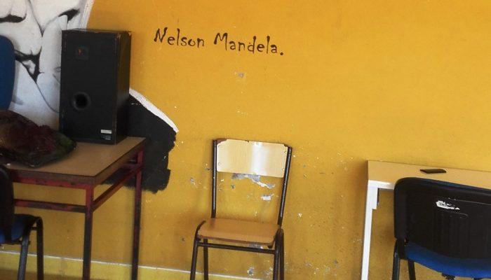 Pintura na parede do estúdio de gravação