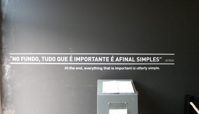 """""""No fundo, tudo o que é importante é, afinal, simples"""""""