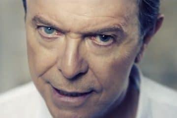 Morreu o cantor David Bowiev