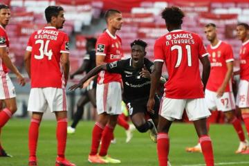 Raio-X ao Futebol: Santa Clara vence na Luz e afasta o Benfica da luta pelo título